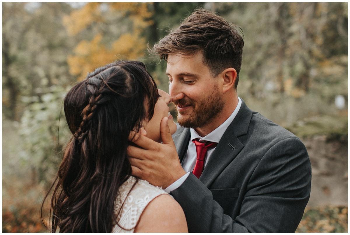 candid, unposed, unique, natural fun wedding photos