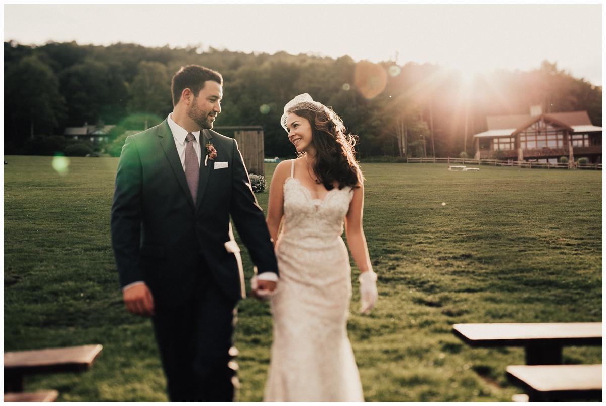 candid natural loving wedding photo